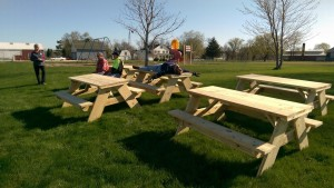 Plattville Picnic Tables